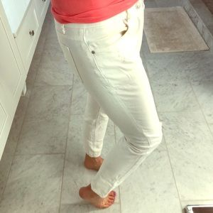 White distressed ankle cut jeans